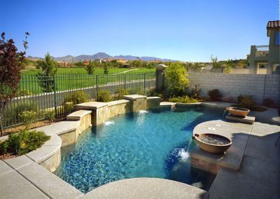 Modern pool designer in Anthem